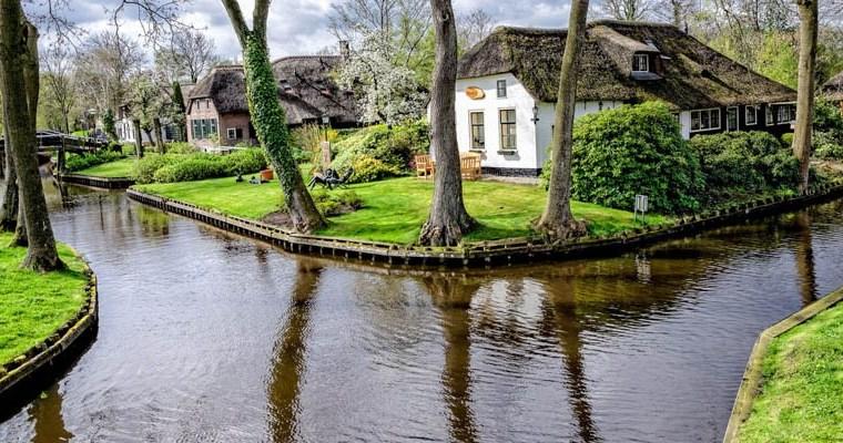 Ovo selo u Holandiji nema nijedan put, niti ga stanovnici priželjkuju