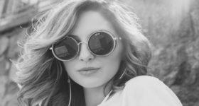 6 Ponašanja po kojima se otmjene žene razlikuju od drugih